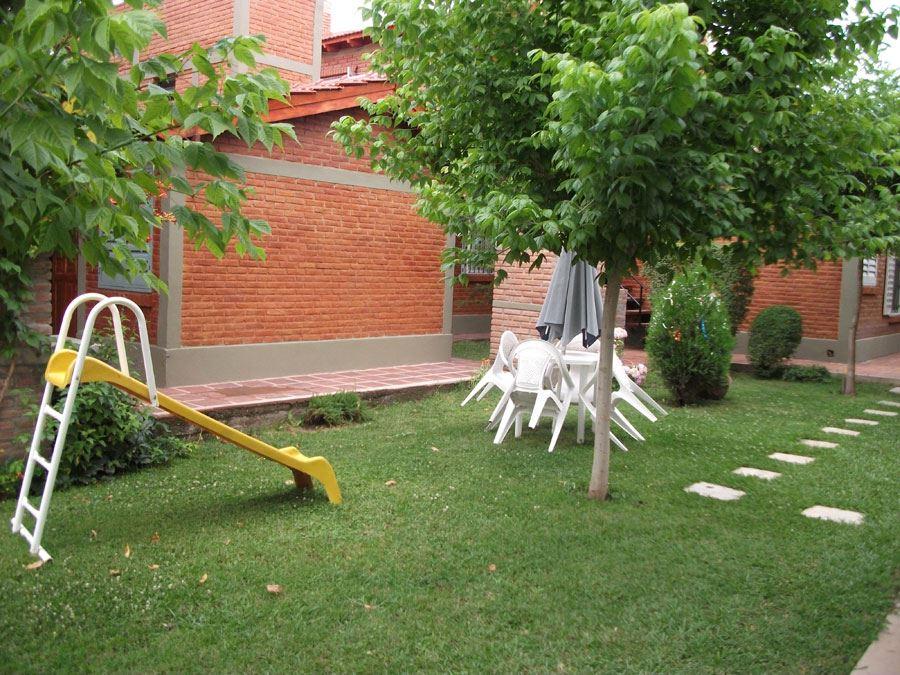 Juegos infantiles de jardin img de casas casas for Casitas infantiles jardin carrefour