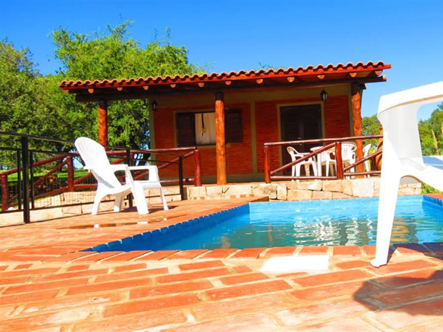 La loma casas de campo mina clavero for Modelos de casas de campo con piscina